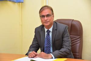 Dr. Mahalinga V Mandi